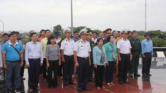 Bàn giao Nhà CLB Thủy thủ Vùng 5 Hải quân do TPHCM xây tặng     ảnh 5