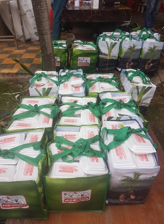 Hơn 90.000 bữa cơm yêu thương giúp người nghèo vượt qua dịch Covid-19 ảnh 3