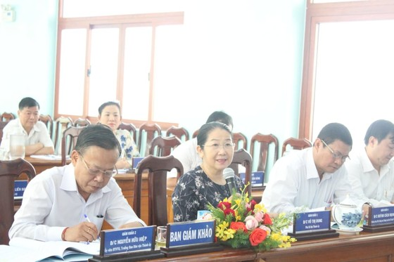 Thi tuyển chức danh trưởng phòng thuộc Ban Dân vận Thành ủy TPHCM ảnh 1