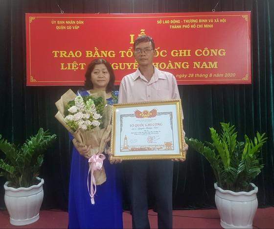 Cấp bằng Tổ quốc ghi công cho liệt sĩ 'hiệp sĩ' Nguyễn Hoàng Nam ảnh 2