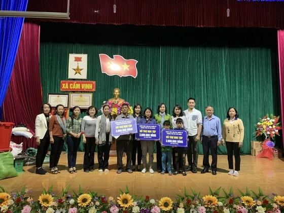 TPHCM hỗ trợ tỉnh Hà Tĩnh 3,6 tỷ đồng khắc phục hậu quã bão lũ ảnh 2