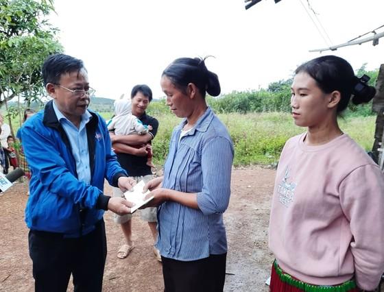 Hơn 1,2 tỷ đồng hỗ trợ đồng bào các dân tộc huyện Cư Jút, tỉnh Đắk Nông  ảnh 4