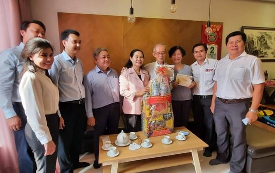 Đoàn lãnh đạo TPHCM thăm, chúc tết gia đình chính sách, hộ nghèo    ảnh 3