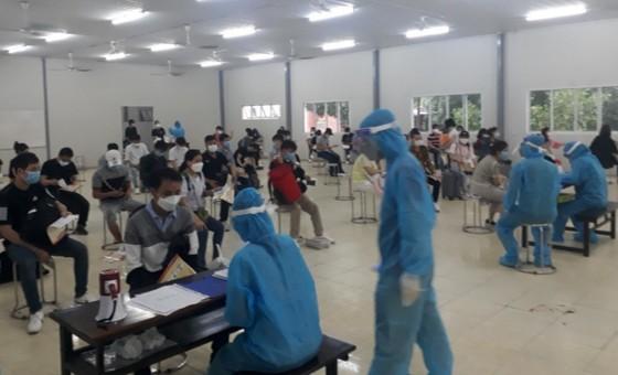 Đồng Nai cách ly 343 công dân trở về từ Hàn Quốc ảnh 1
