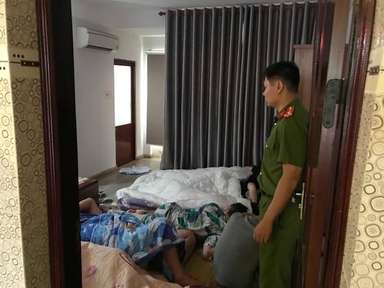 Đà Nẵng: Phát hiện nhóm người Trung Quốc nhập cảnh trái phép cùng nhiều thiết bị thu phát sóng ảnh 2