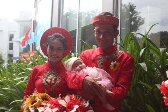 Tổ chức đám cưới tập thể cho công nhân khó khăn ảnh 6