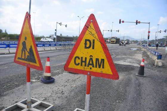 Cao tốc Đà Nẵng – Quảng Ngãi tiếp tục hư hỏng ảnh 3