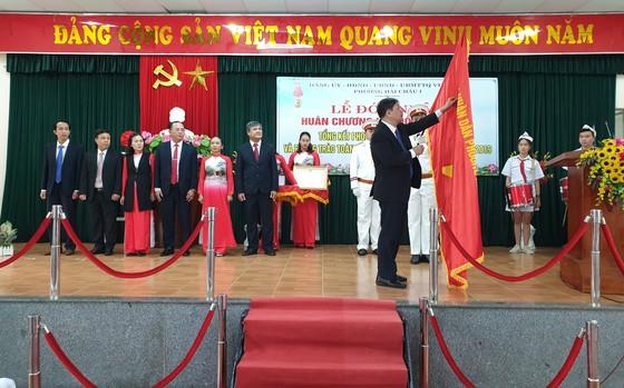 Đà Nẵng: Phường Hải Châu 1 đón nhận Huân chương Lao động hạng Ba ảnh 1