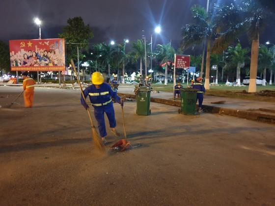Lãnh đạo TP Đà Nẵng đến thăm, chúc Tết cán bộ, nhân viên thực hiện nhiệm vụ đêm Giao thừa ảnh 12