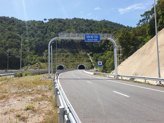 Nhiều điểm nghẽn trên cao tốc La Sơn – Túy Loan  ảnh 3