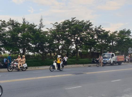 Phát hiện một thi thể cháy đen bên bờ biển Đà Nẵng ảnh 1