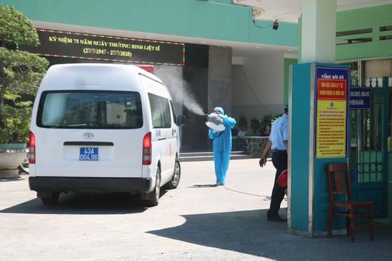 Đà Nẵng yêu cầu tuyệt đối không cho thăm bệnh nhân tại các cơ sở y tế ảnh 1