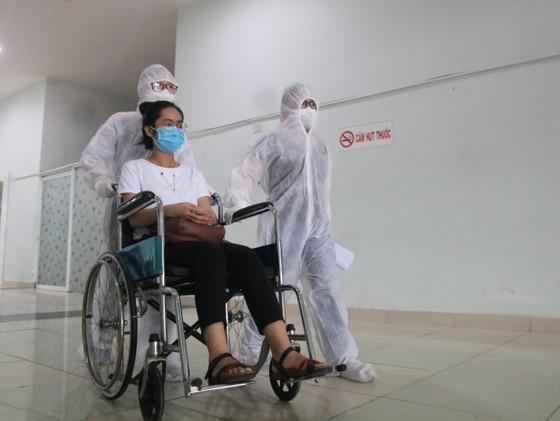 Bệnh viện dã chiến Tiên Sơn diễn tập tiếp nhận bệnh nhân với số lượng lớn ảnh 9