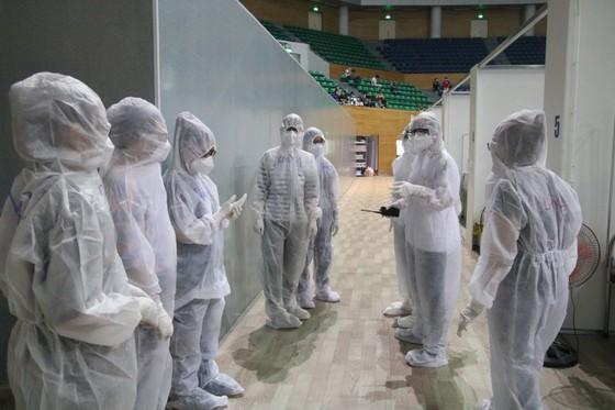 Bệnh viện dã chiến Tiên Sơn diễn tập tiếp nhận bệnh nhân với số lượng lớn ảnh 6