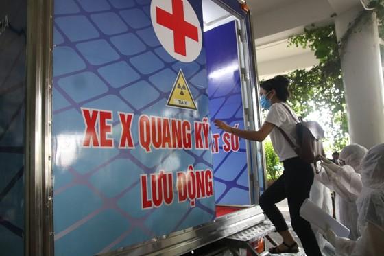 Bệnh viện dã chiến Tiên Sơn diễn tập tiếp nhận bệnh nhân với số lượng lớn ảnh 10