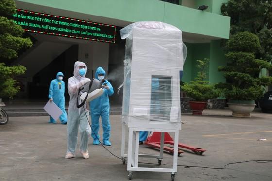 Bệnh viện Đà Nẵng tiếp nhận Tủ an toàn sinh học cấp II ảnh 2