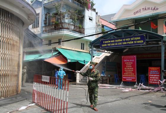Đà Nẵng tìm những người tiếp xúc với nhân viên Ban Quản lý chợ Lầu Đèn ảnh 1