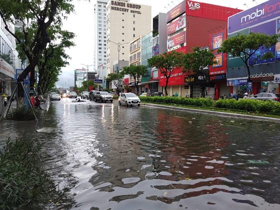 Bão số 5 gây lốc xoáy và mưa lớn nhiều nơi ảnh 14