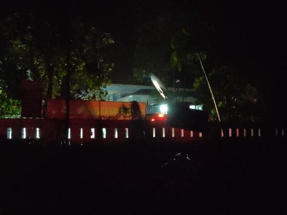 Cử lực lượng tinh nhuệ và người dân thạo địa hình tiếp cận hiện trường vụ thủy điện Rào Trăng 3 ảnh 2