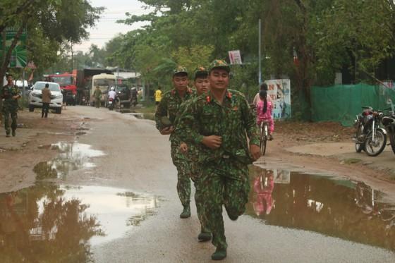 Điều động trực thăng tìm kiếm người mất tích tại thủy điện Rào Trăng 3 ảnh 5