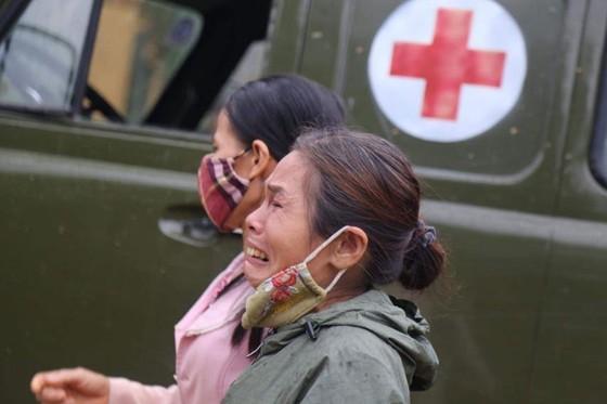 Tìm thấy 22 thi thể tại khu vực sạt lở Đoàn kinh tế quốc phòng 337 ảnh 18