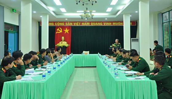 Thượng tướng Đỗ Căn thăm hỏi, động viên thân nhân cán bộ, chiến sĩ Đoàn Kinh tế - Quốc phòng 337 hy sinh ảnh 1