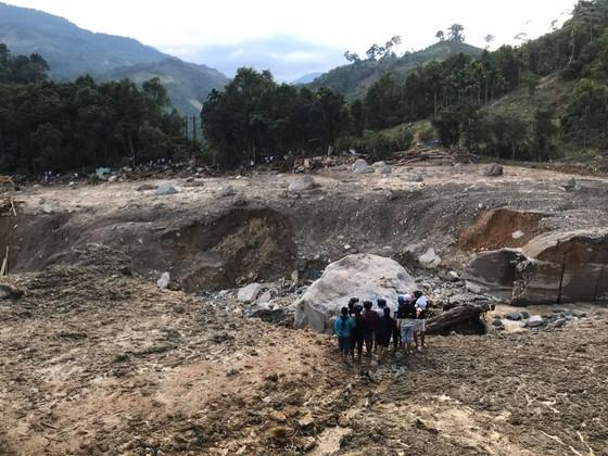 Toàn cảnh thảm họa sạt lở vùi lấp người ở Trà Leng, Trà Vân ảnh 1