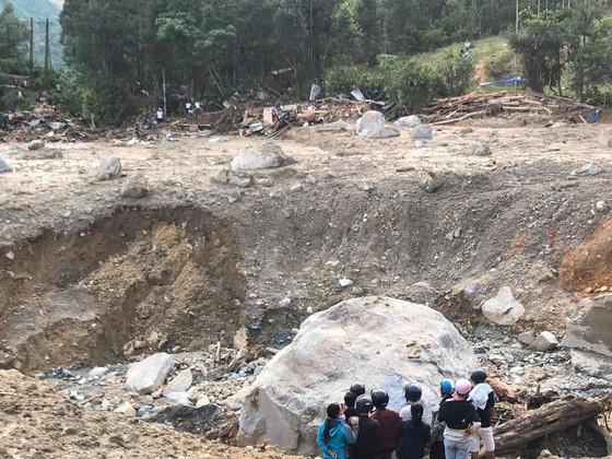 Toàn cảnh thảm họa sạt lở vùi lấp người ở Trà Leng, Trà Vân ảnh 5