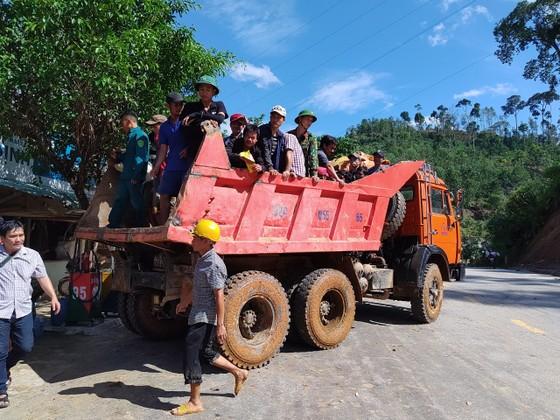 Toàn cảnh thảm họa sạt lở vùi lấp người ở Trà Leng, Trà Vân ảnh 4