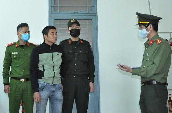 Bắt tạm giam 2 đối tượng chở người Trung Quốc nhập cảnh trái phép ảnh 3