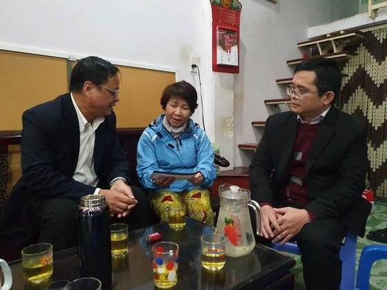 Thăm và tặng quà các nhân chứng Hoàng Sa ảnh 1