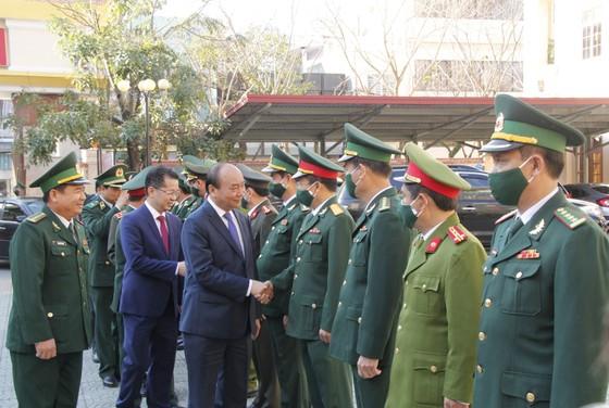 Thủ tướng Nguyễn Xuân Phúc: Việt Nam là một trong số ít các nước tăng trưởng dương trên thế giới  ảnh 1