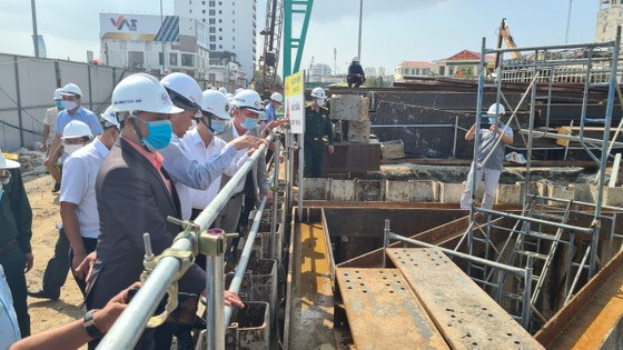 Bí thư Thành ủy Đà Nẵng đề nghị nghiêm túc nhìn lại trách nhiệm đơn vị liên quan  ảnh 3