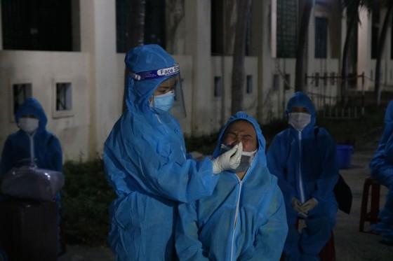 Chuyến xe đầu tiên đón người Quảng Nam từ TPHCM về quê ảnh 2