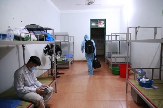 Chuyến xe đầu tiên đón người Quảng Nam từ TPHCM về quê ảnh 9