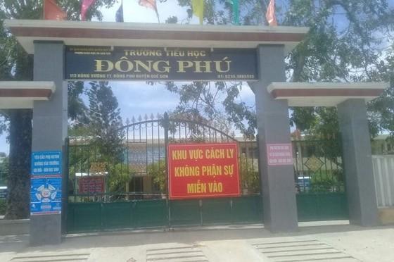 Quảng Nam xử phạt 3 người tổ chức ăn nhậu trong khu cách ly tập trung ảnh 1