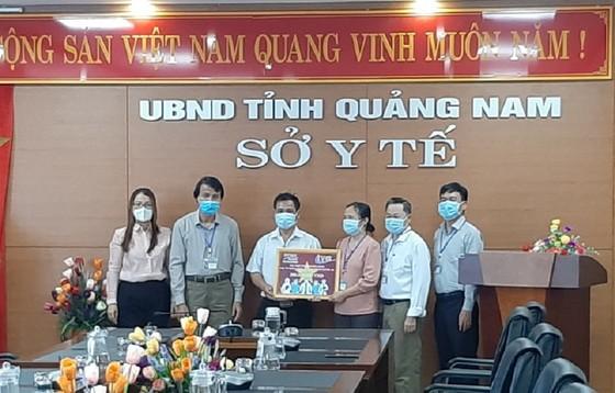 Quảng Nam tiếp nhận vật tư  và hóa chất xét nghiệm Covid-19 ảnh 1