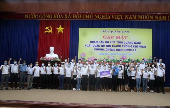 Nhiều địa phương miền Trung đưa đoàn y, bác sĩ tình nguyện tham gia hỗ trợ TPHCM chống dịch Covid-19 ảnh 8