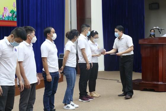 Nhiều địa phương miền Trung đưa đoàn y, bác sĩ tình nguyện tham gia hỗ trợ TPHCM chống dịch Covid-19 ảnh 9