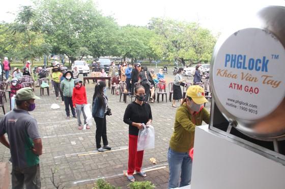 Hàng ngàn suất lương thực, thực phẩm hỗ trợ miễn phí cho người nghèo ở Quảng Trị ảnh 1