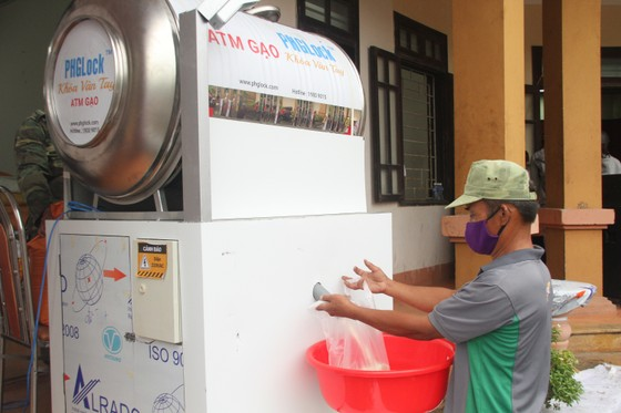 Hàng ngàn suất lương thực, thực phẩm hỗ trợ miễn phí cho người nghèo ở Quảng Trị ảnh 3
