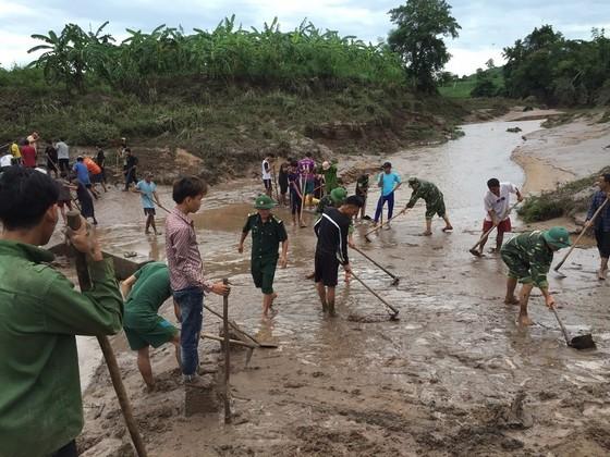 Quảng Trị: Nỗ lực hỗ trợ người dân khắc phục hậu quả bão số 5 ảnh 2