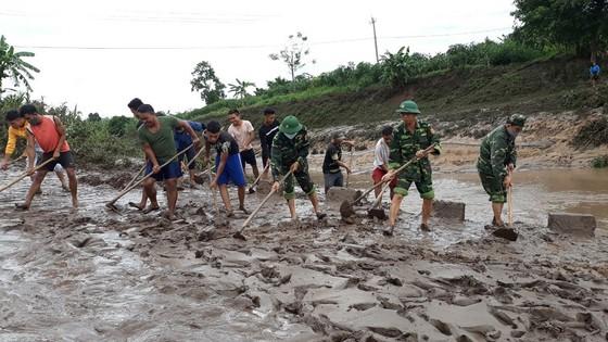 Quảng Trị: Nỗ lực hỗ trợ người dân khắc phục hậu quả bão số 5 ảnh 6