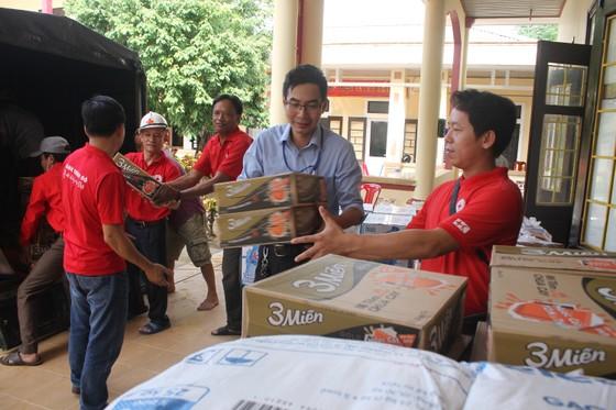 Báo SGGP tiếp tục hỗ trợ người dân vùng lũ Quảng Trị ảnh 1