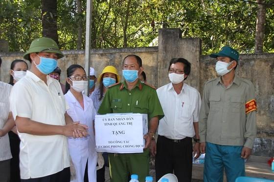 Quảng Trị: Hỗ trợ tiền ăn dịp tết cho người dân trong khu cách ly tập trung  ảnh 1