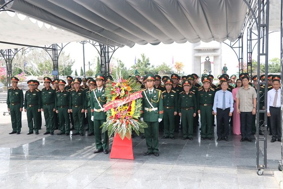 Nhiều hoạt động ý nghĩa kỷ niệm 50 năm chiến thắng Đường 9-Nam Lào ảnh 1