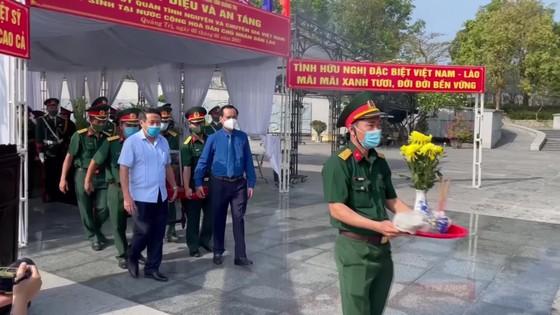 Quảng Trị: Truy điệu, an táng 24 hài cốt liệt sĩ hy sinh tại Lào  ảnh 4
