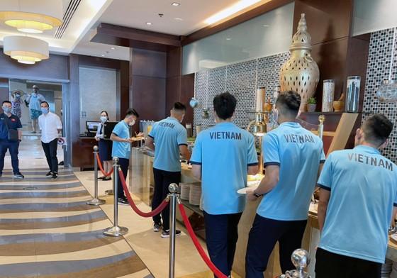 Đội tuyển futsal Việt Nam được tiếp đón chu đáo khi đến UAE ảnh 2