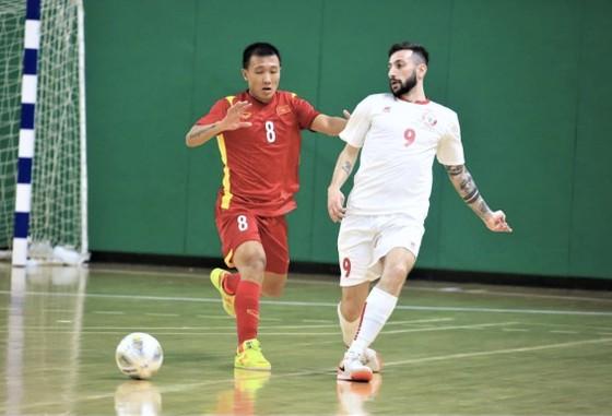 Thủ môn Văn Ý giúp đội tuyển futsal Việt Nam cầm hòa 0-0 ảnh 1
