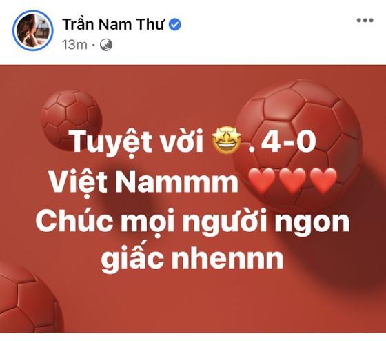 Giới nghệ sĩ thức khuya ăn mừng chiến thắng của tuyển Việt Nam ảnh 3